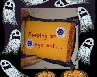 Keeping an eye out 6x10in (160 x 260mm) Machine Embroidery Design