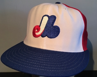 4d919da99516f Vintage Montreal Expos Baseball Hat New Era Diamond Collection Cap Sports  MLB Child s Large