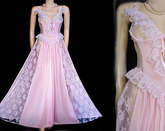 Vintage Romantic Fairy Tale Treasure by Faris Nightgown Lace Ruffle Grand  Sweep Bustier Look Breathtaking Pink vintage gown pink nightgown b70f84188
