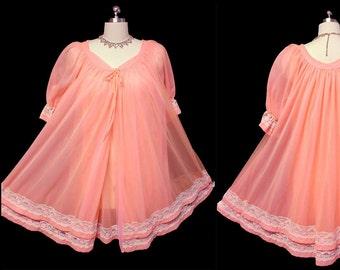 Vintage Jenelle of California Double Nylon Peignoir Nightgown Set Mardri  Gras peach peignoir set 70s nightgown 70s peignoir designer gown ddac15f3c