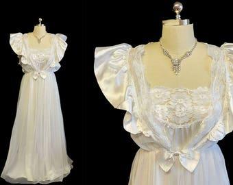 Vintage Bridal Wedding Night Val Mode Peignoir   Nightgown Set Satin  Ruffles Bow Angelic White vintage nightgown vintage peignoir set fc51537ce