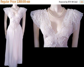 BIG SALE Vintage Olga Nightgown Rare Style All Lace Spandex Bodice Fairy  Princess nightgown bridal white nightgown spandex nightgown cd4b5687f