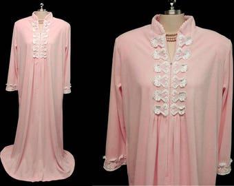 Vintage David Brown Pink Velour Dressing Gown Robe w Appliques designer  robe pink velour robe zip up robe pink dressing gown vintage robe 2eef44f67