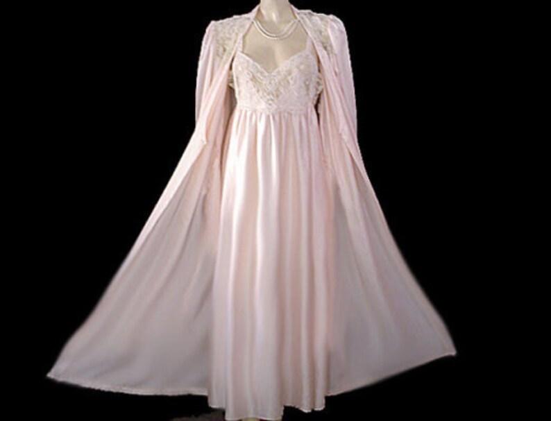 223eff3bdcb CLEARANCE SALE Vintage Donna Richard Satin Peignoir