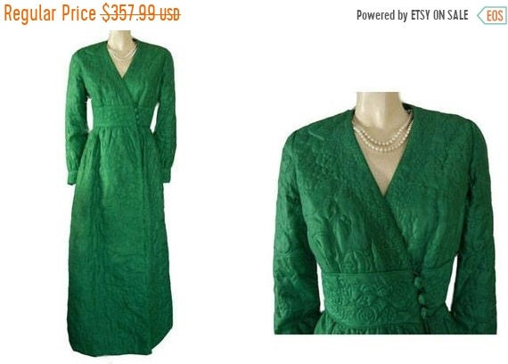 CLEARANCE SALE Vintage Barbara Lee Quilted Robe Ho