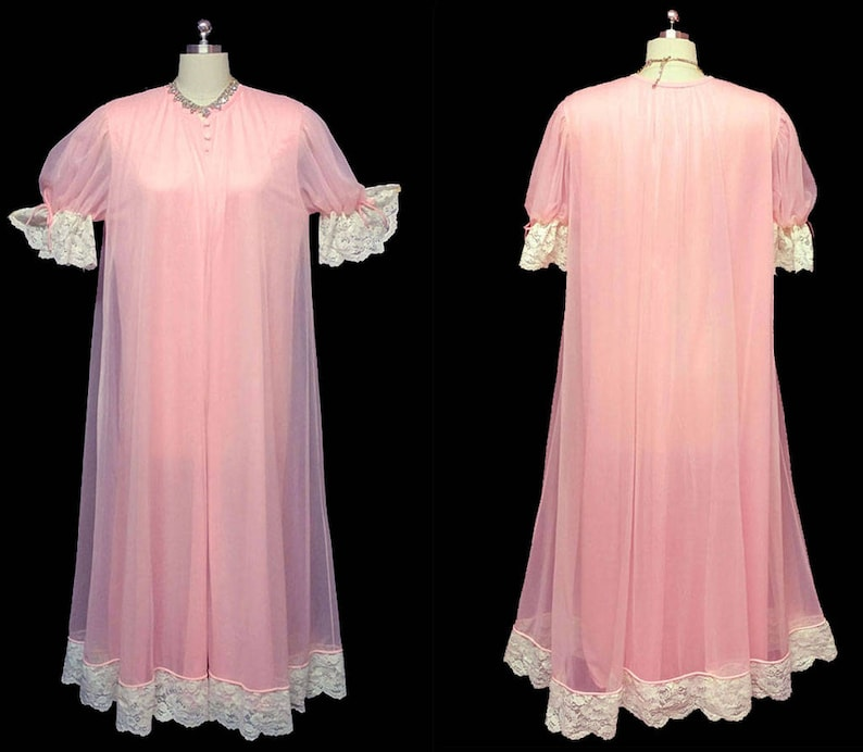 472459c9aef Vintage Tosca of California Double Nylon Lace Peignoir In Pink