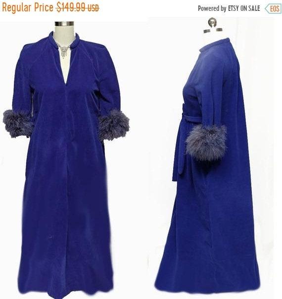 HOLIDAYSALE2020 Vintage Merle Norman Velvety Dress