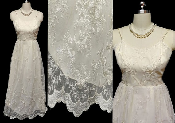 Vintage Ivory Embroidered Lace Evening Gown Innoce