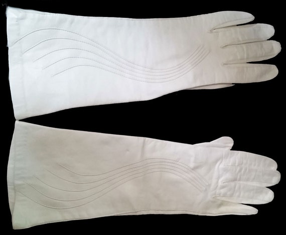 Glamorous Vintage Long Leather Swirl Gloves design