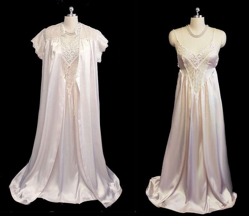 1eed78aabbd BIG SALE Vintage Donna Richard Satin Peignoir Nightgown Set