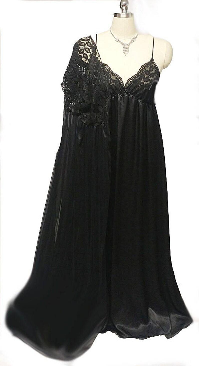 854c1c9a23a BIG SALE Vintage Donna Richard Lace Satin Peignoir Nightgown