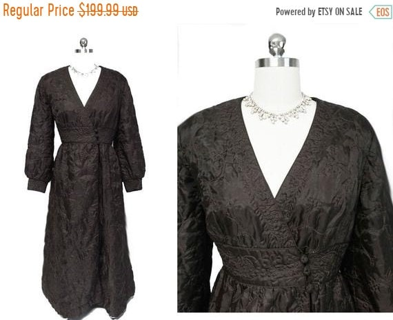 CLEARANCE SALE Vintage Quilted Robe Made in Hong K