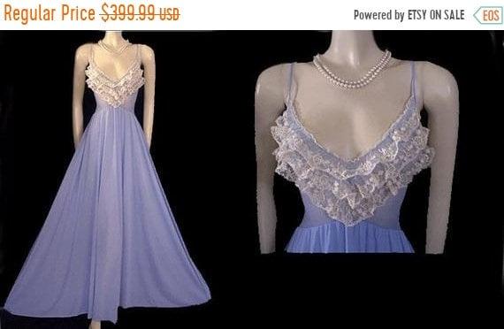 CLEARANCE SALE Very Rare Vintage Olga Nightgown Ru