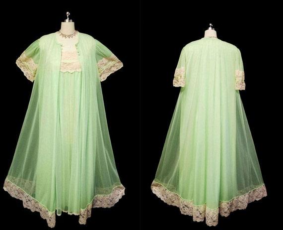 Vintage Tosca Lingerie Peignoir & Nightgown Set vi