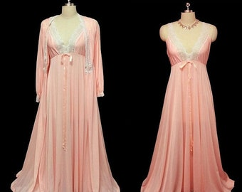 20% off Memorial Day Sale Vintage Olga Peignoir & Nightgown Set Peaches N Cream spandex nightgown rare peignoir set pink peignoir set pink n