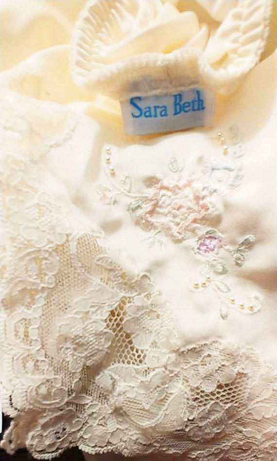 Gorgeous Vintage Sara Beth Bridal Satin Like Pant… - image 6