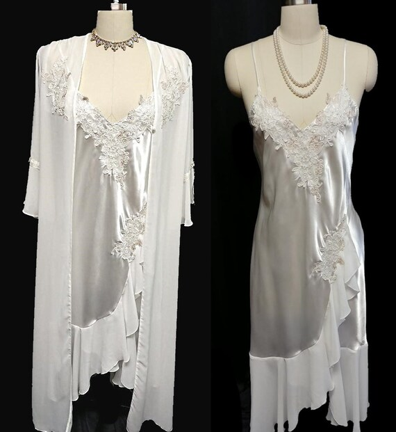 Bridal Chantilly Lace Satin Peignoir Nightgown Set
