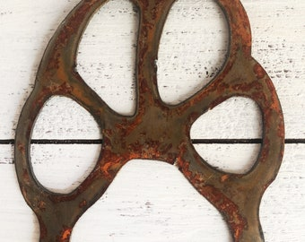 """Paw Print - 6"""" Rusty Paw Print - Predrilled - For Art, Sign, Decor - Make your own DIY Gift!"""