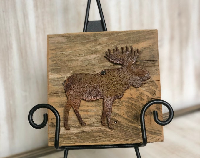 "Rusty Metal ""MOOSE"" on Rustic Reclaimed Cedar Wood - Ready to Hang - Primitive Farmhouse Sign"