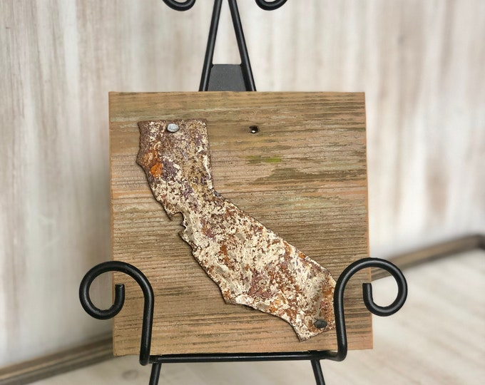 "Rusty Metal ""California"" on Rustic Reclaimed Cedar Wood - Ready to Hang - Primitive Farmhouse Sign"