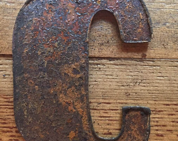 """Bold """"C"""" - 4"""" Rusty, Rusted, Rustic Metal Letter - Make your own Sign, Gift, Art"""