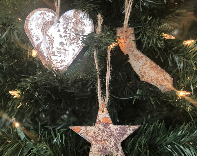 "California Love - Rusted Metal Ornament Gift Set - CA, HEART, STAR - 4"" tall"