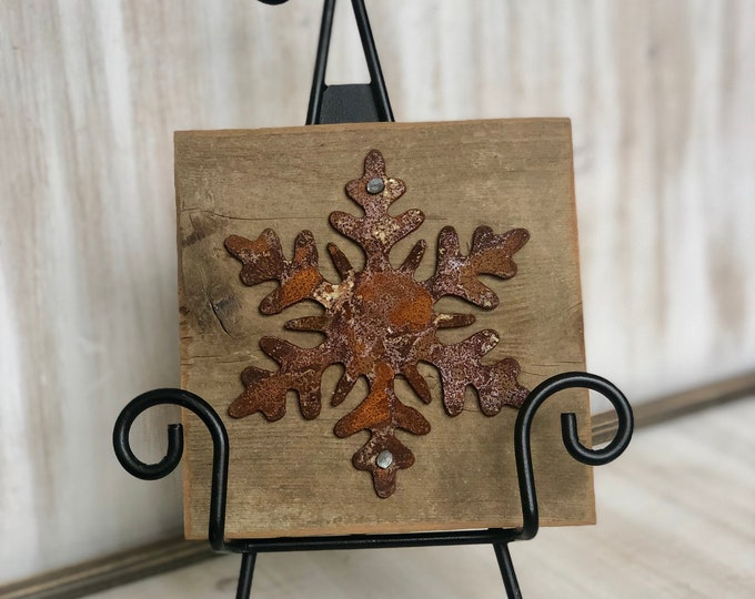 "Rusty Metal ""SNOWFLAKE"" on Rustic Reclaimed Cedar Wood - Ready to Hang - Primitive Farmhouse Sign"