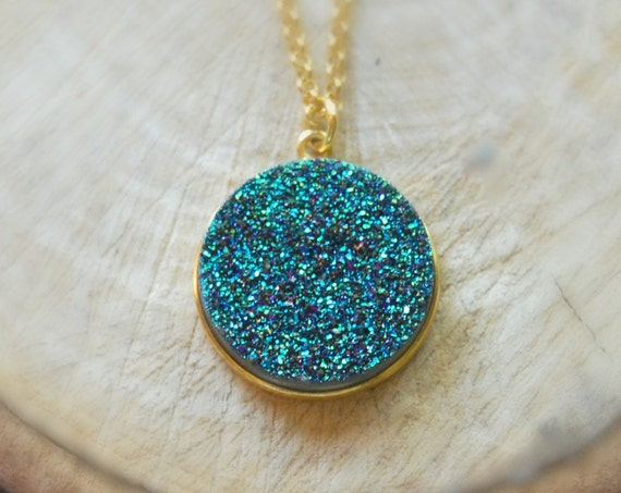 Gold and druzy necklace - green or white