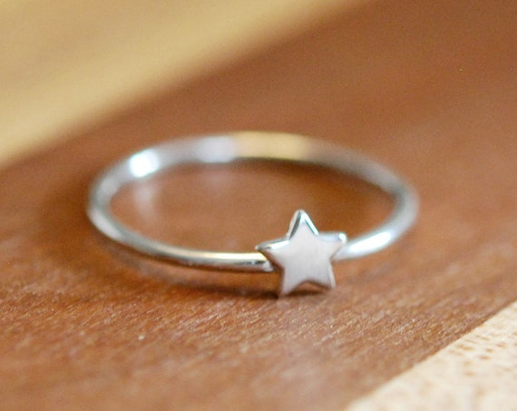 Sterling silver star ring, silver stacking rings for women, lucky star, celestial jewelry, tiny star, little star, minimalist, cute jewelry