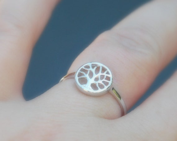 Sterling silver tree ring, tree of life ring, silver stacking rings for women, protection ring, nature jewelry, mother daughter, family tree