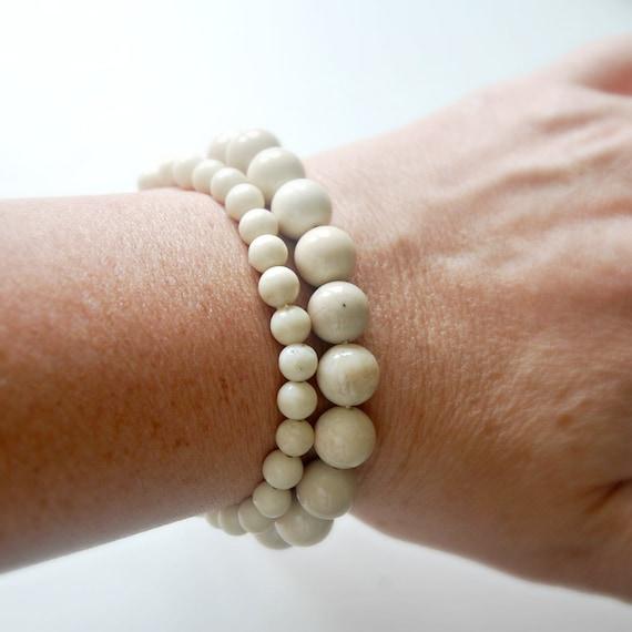 Riverstone bracelet, natural gemstone bracelet, mens bracelet, sand beige, stretch bracelet, ball bracelet, stacking boho jewelry