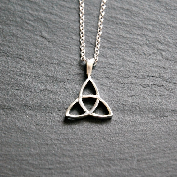 Silver trinity knot necklace, sterling silver knot pendant, triquetra symbol, celtic pendant, love knot, irish jewelry, love honor protect