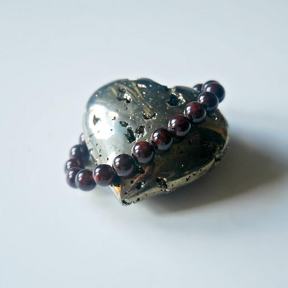 Garnet bracelet, red gemstone bracelet, january birthstone, bracelets for women, ball bracelet, mala bracelet, boho jewelry, christmas gift
