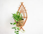 Rattan hanging planter, wall mounted planter, wicker planter, wall planter rattan, boho planter, wall hanging plant