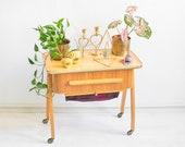 60s sewing box, vintage knitting basket, knitting box, sewing box, organizer, jewelry box