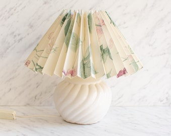Bedside lamp ceramic with flower pattern