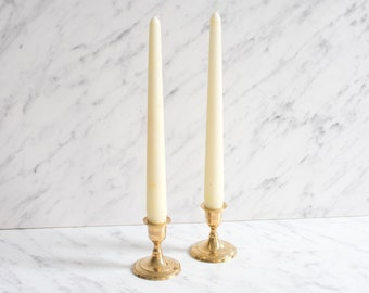 Set of 2 classic candlesticks brass