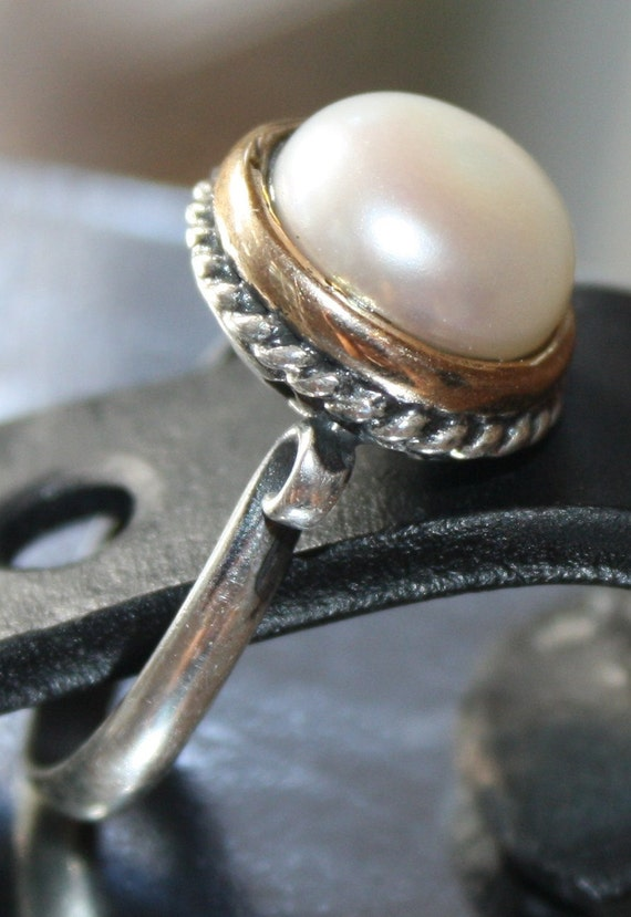 "RING Hand made oxidized Sterling silver 925 and white pearl ring, line "" Inci""."