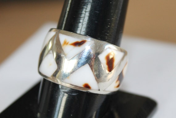 Sterling 925 ring with mother-of-pearl abalone shell mosaic. Lovely.