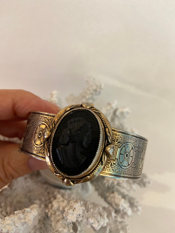 Cameo BRACELET Vintage  Wide Gold Plated Square Bangle with Black Enamel inlaid design