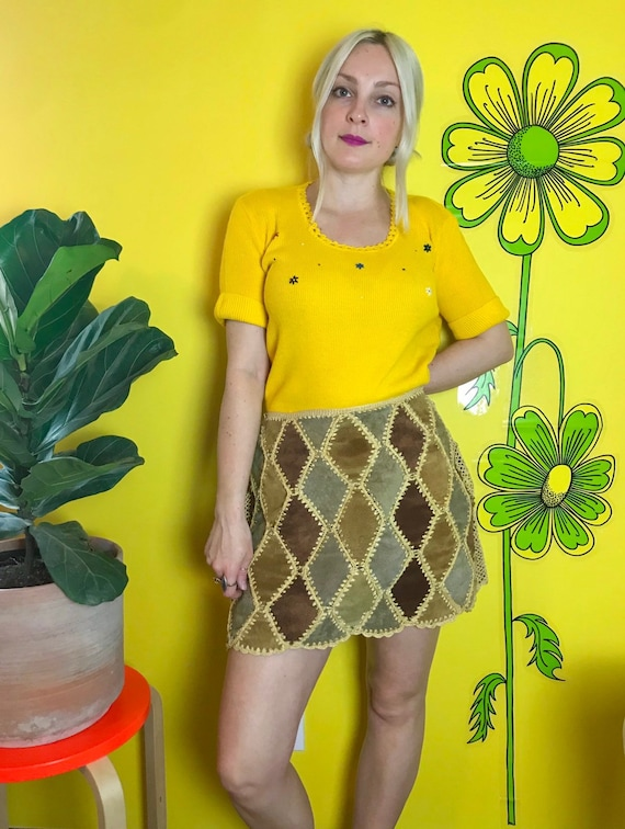 Vintage 1970s suede patchwork mini skirt Medium RA