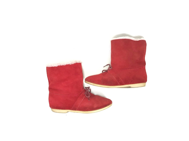 0234393433a62 Vintage red suede boots, 1970s winter boots, retro 70s sherpa boots, lace  up ankle boots, platform shoes, pointed toe boots, 1980s booties