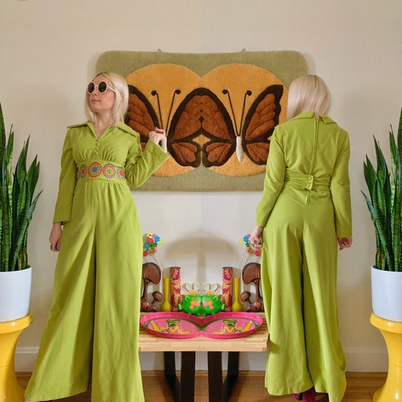 1960s avocado green embroidered jumpsuit Small //