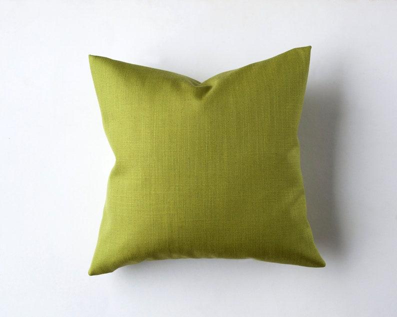 Outdoor pillow covers green   Linen throw pillow cover green image 0