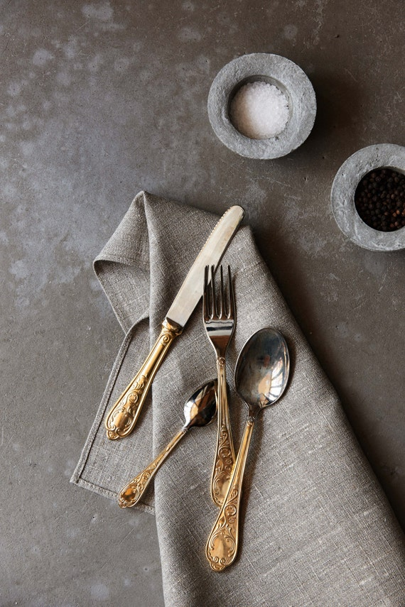Linen napkins set of 8,  dinner linen napkins, cloth napkins bulk, organic napkins for farmhouse table decor - size 18x18 inch   0240