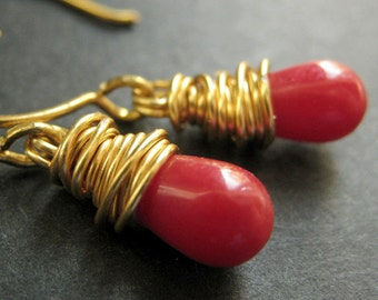 14K GOLD Earrings - Red Coral Earrings. Red Teardrop Earrings. Wire Wrapped Earrings. Handmade Jewelry.