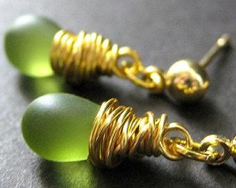 Dangle Earrings : Wire Wrapped Clouded Green Teardrop Post Earrings. Handmade Jewelry.