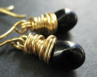 14K GOLD Black Earrings - Teardrop Earrings. Black Wire Wrapped Earrings. Handmade Jewelry.