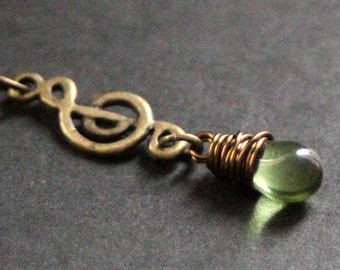 Musical Note Necklace. Music Necklace. Treble Clef Necklace. Green Teardrop Necklace in Bronze. Handmade Jewellery.