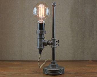 Minimalist Lamp - Industrial Desk Lamp - Edison Bulb Light - Steampunk